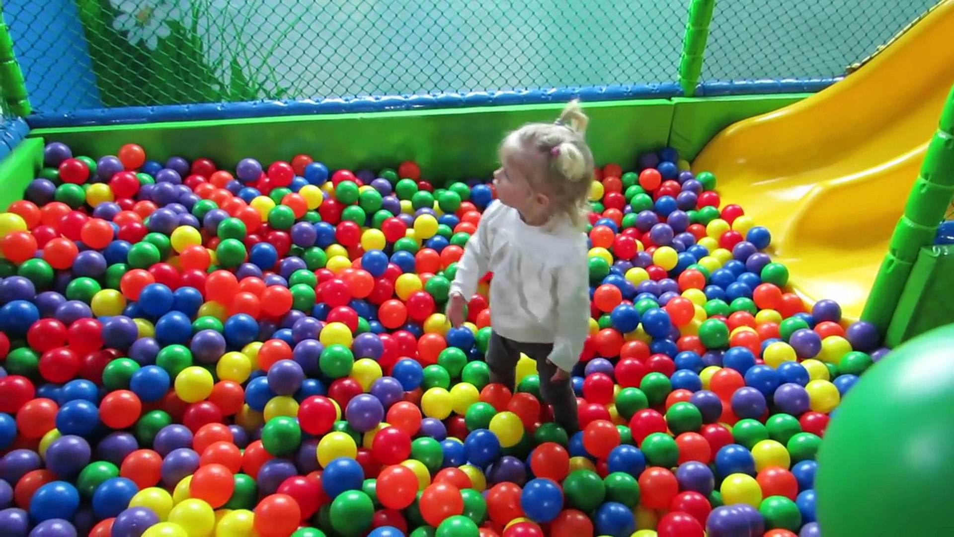 Fun Indoor Playground for Kids Play Place for Kids play centre ball