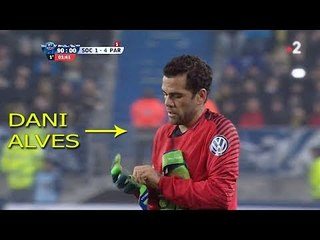 Outfield Players As Goalkeepers • Crazy Saves