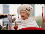 buckingham palace offers 30 000 pounds a year to run the queen elizabeths personal twitter account