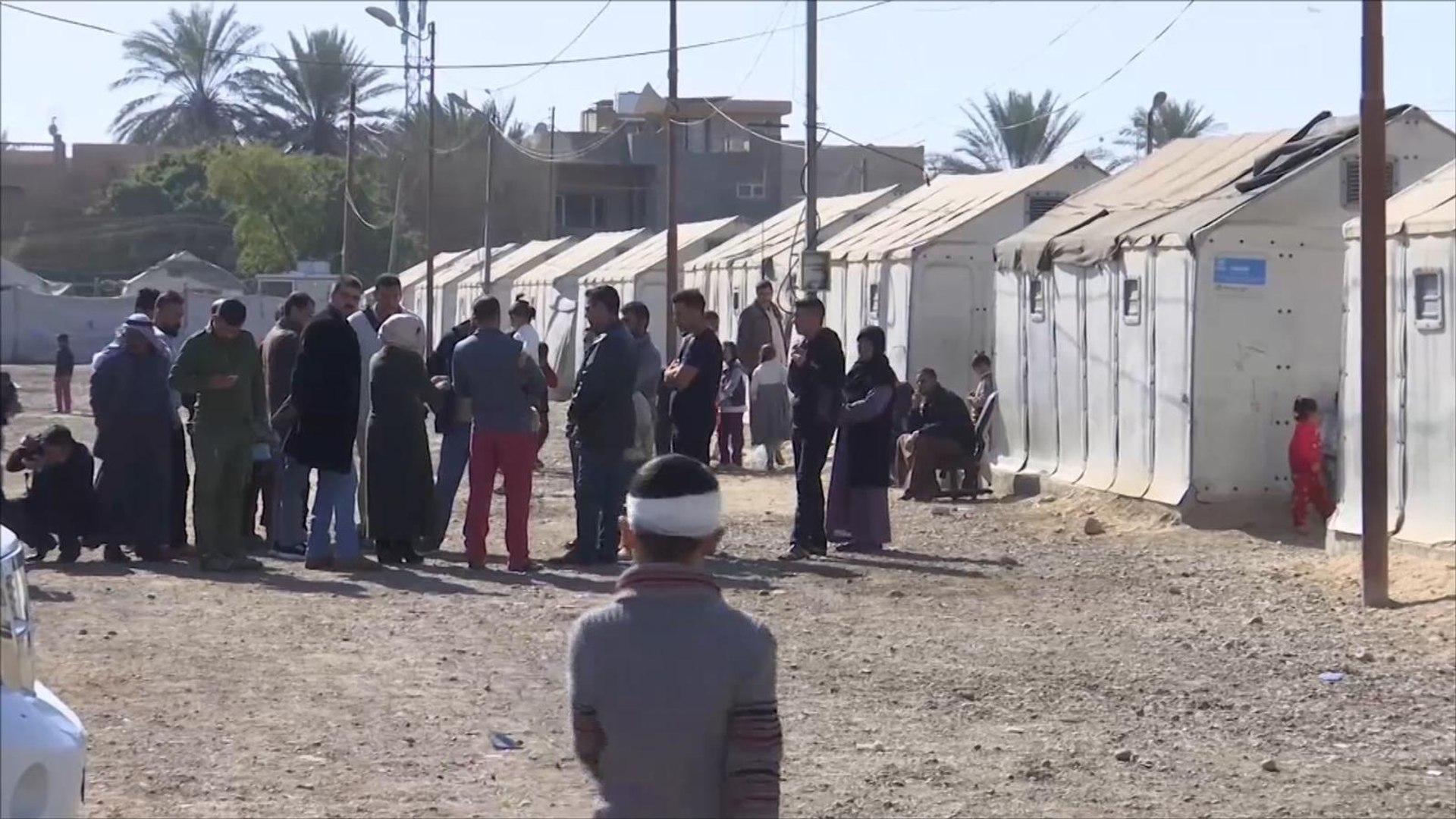 السلطات العراقية تقرر إخلاء مخيم بالأنبار والنازحون يرفضون