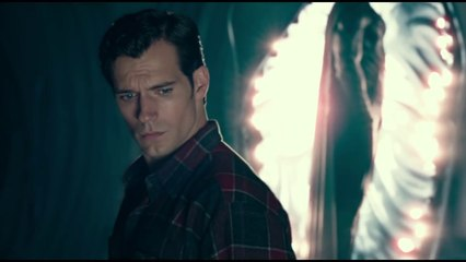 Justice League - Superman deleted scene (black costume)