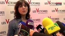 Victoires de la musique 2018 : Charlotte Gainsbourg, émue, dédie sa victoire à sa sœur décédée (vidéo)