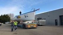 Vendée Globe : L'arrivée du nouveau bateau d'Arnaud Boissières