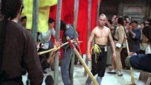 Шаолиньский монах Жен-Чен заступился за рабочих ,  Shaolin Monk Jen-Cheh stood up for workers
