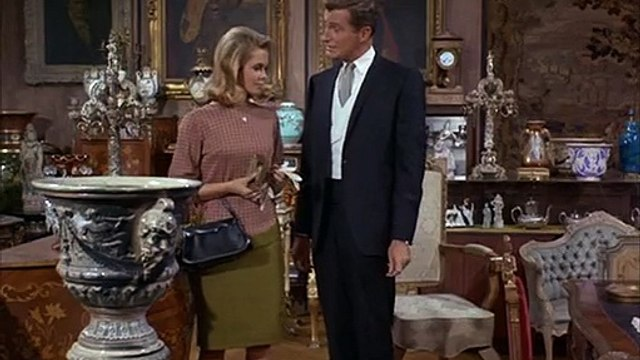 Bewitched S03 E12 Sam S Spooky Chair