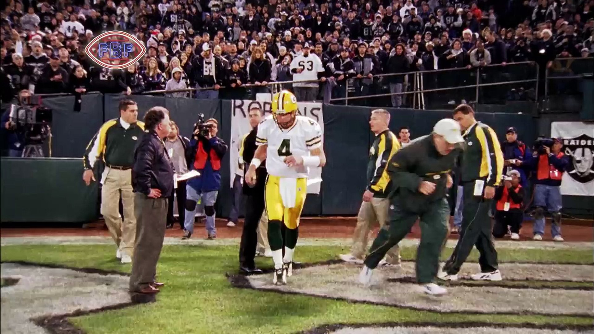 Remember when Brett Favre Honored his Late Father with 4 First Half TD Passes? | NFL Highlights