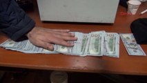 Taksi Durağı Görevlisi İçi Para Dolu Çantayı Sahibine Teslim Etti