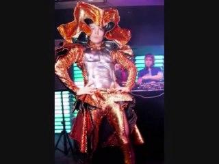 Freak Go-Go Show by Dilya – Duo