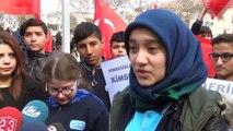 Öğrencilerden, Mehmetçiğe mektup... Kahraman Mehmetçiğe mektup gönderen öğrenci gözyaşlarına hakim olamadı
