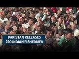 Pakistan frees 220 Indian fishermen