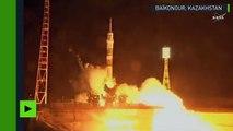 Une fusée Soyouz s'envole vers l'ISS avec trois spationautes à son bord