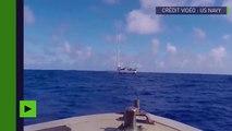 La marine américaine sauve deux femmes et leurs chiens qui dérivaient dans l'océan depuis 5 mois !