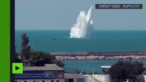 Les militaires russes font exploser une bombe de la Seconde Guerre mondiale au large de Sébastopol
