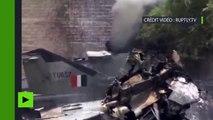 Les premières images du crash de l'avion de chasse en Inde