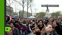 Yanis Varoufakis s'adresse aux militants du mouvement «Nuit debout»