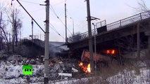 L'artillerie ukrainienne fait voler en éclats un pont situé près de l'aéroport de Donetsk