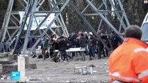 فرنسا: جرحى في صدامات عنيفة بين مهاجرين في مخيم كاليه