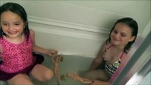 Annabelle and Victoria Freaks Out A Frog In The Tub! Not A Toy Video Toy Freaks Family