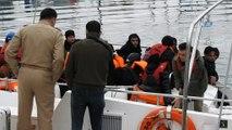Aynı botta 9 farklı ülkeden göçmen...Çeşme'de 55 kaçak göçmen yakalandı