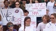 Florida shooting survivors meet with lawmakers, demand action on guns