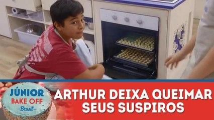 ARTHUR DEIXA QUEIMAR SEUS SUSPIROS