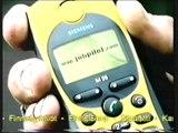 Siemens puhelin M35 mukana matkassa Retro TV-mainos