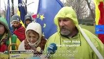 Romanian walks 450km to join Bucharest anti-corruption protest