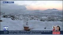 En Corse, la baie d'Ajaccio se réveille sous la neige ce matin