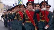Missiles & ships: Putin joins 12,000 spectators at Russian Navy Day parade