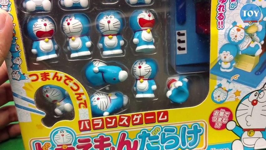Trò chơi dùng đũa gắp Doremon tí hon thử thách cân bằng trên cỗ máy thời gian đồ chơi trẻ em | Godialy.com