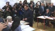 Italie : le vote de Silvio Berlusconi interrompu par une Femen - 04/03/2018