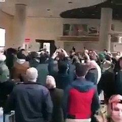 Ankara Esenboğa Havalimanı'nda zikir çektiler. Şalvarlılar ve cübbeliler havalimanında biraraya gelip...