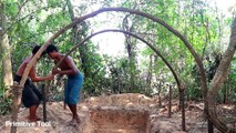 Primitive Technology  Build primitive mud house ( Using grass with mud )