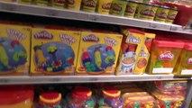 Worlds Greatest Toys Shopping Place ToysRus New York