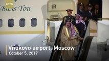 Saudi King stranded halfway through disembarking airplane after golden escalator breaks