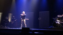 Liz Cherhal a créé un spectacle traduit en langue des signes, «Alliance»