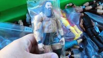 HUGE WWE TOY HUNT!!! FLEA MARKET/TOYSRUS/WALMART/TARGET