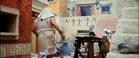Os dez mandamentos (Capítulo Completo do dia 13/02/18) Moisés e Arão da a notícia a família que a praga só parou porque Ramsés deixou o povo partir, mas depois do soberano do Egito fazer uma vistoria em Pi-Ramsés, ou também Per-Ramsés