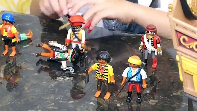 Playmobil Pirate Ship #5135 Demo by 6 Year Old Lawton Denis