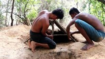 Primitive Technology Build Underground House​ and Make Door to Protect Water
