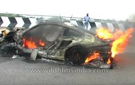 Porsche 911 Turbo crashes and catches fire in India