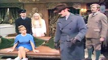 Monty Python's Flying Circus S01E11 The Royal Philharmonic Orchestra Goes To The Bathroom