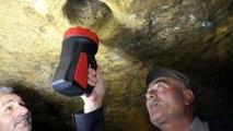 Binlerce yıllık yeraltı yerleşim yerini defineciler talan etti