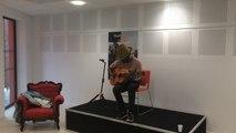 Keziah Jones fait le show à la médiathèque