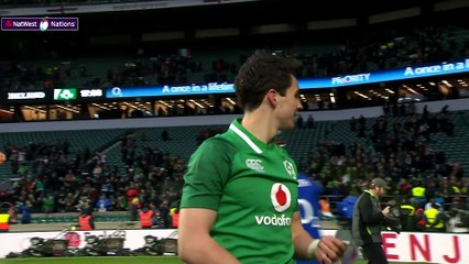 Celebration Time Ireland players celebrate with the Grand Slam!  NatWest 6 Nations