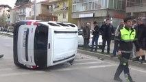 Çanakkale'de Takla Atan Otomobildeki Baba Oğlu Yaralandı