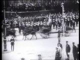 La grande guerre 1914-1918 (11)   Une paix difficile - Documentaire Histoire