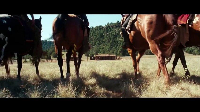 HOSTILES - Extrait _Sauvez-vous_ - VF [720p]