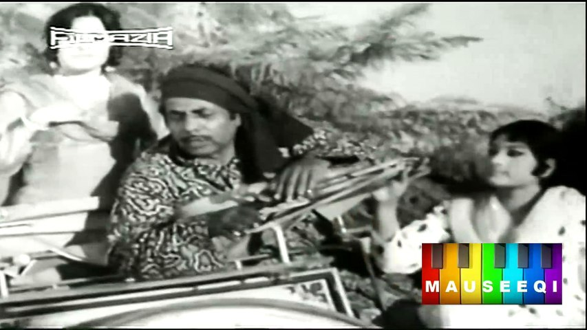 Great Character Actor Sheikh Iqbal in a Scene from Film Dunya Pyar Di
