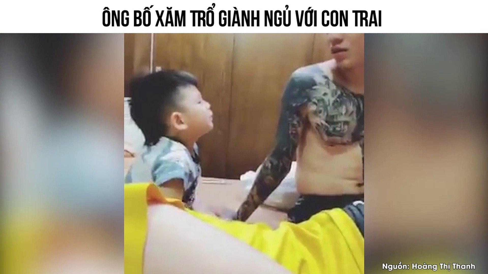 Cười đau bụng trước clip ông bố xăm trổ dùng mọi lý lẽ không chịu nhường mẹ cho con trai ngủ cùng